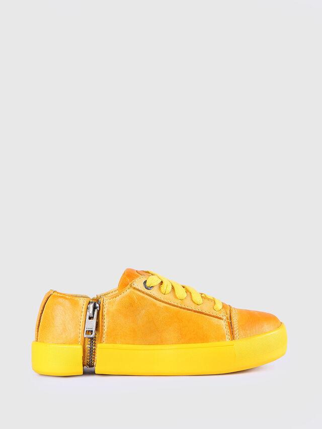 KIDS SN LOW 31 NETISH YO, Mandarine - Footwear - Image 1