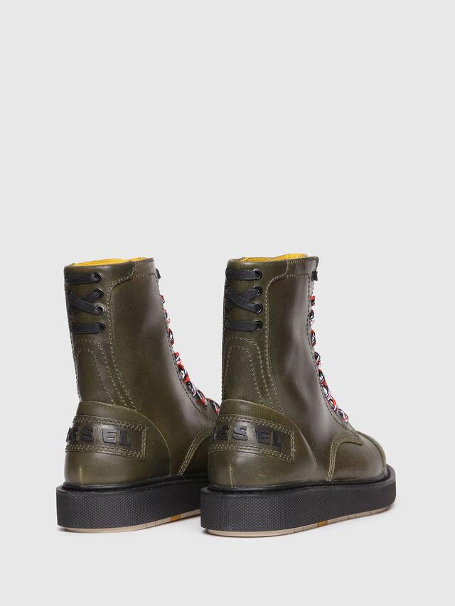 3c5ac2ef1165 Mens D-CAGE DBB Boots