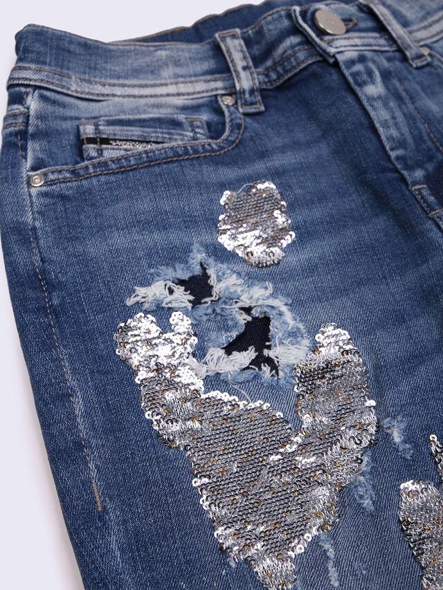 PRILLA-J, Blue Jeans