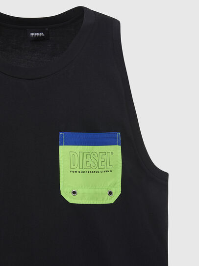 Diesel - BMOWT-LOCO, Black/Green - Out of water - Image 3