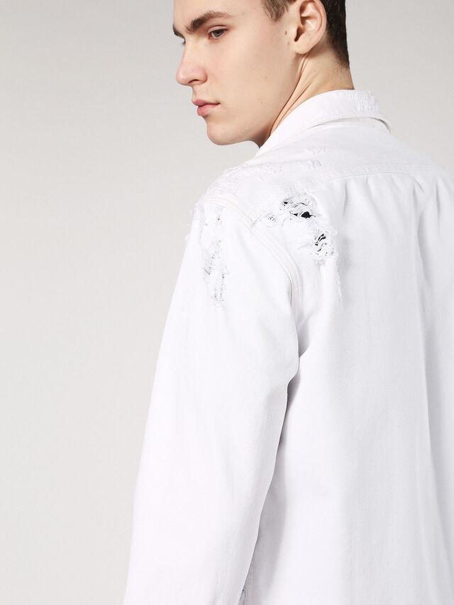 D-ELOV, White