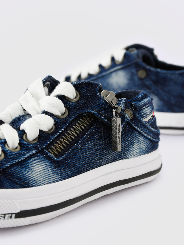 KIDS SN LOW 25 DENIM EXPO, Blue Jeans - Footwear - Image 6