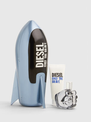 https://pl.diesel.com/dw/image/v2/BBLG_PRD/on/demandware.static/-/Sites-diesel-master-catalog/default/dwa688486a/images/large/PL0520_00PRO_001_O.jpg?sw=306&sh=408
