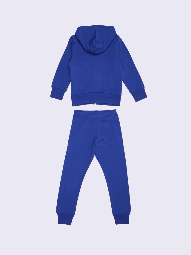 SALM-SET, Brilliant Blue