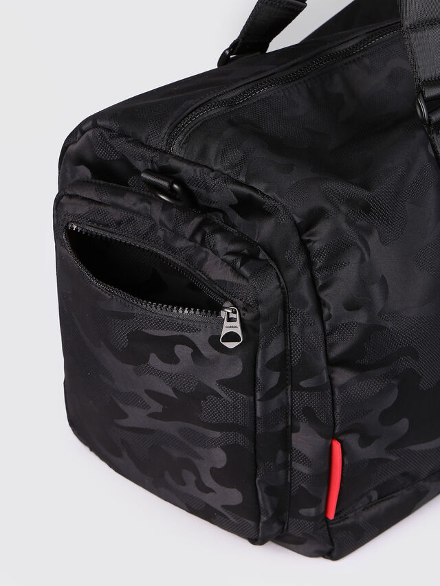 Diesel - F-DISCOVER DUFFLE, Black - Travel Bags - Image 4